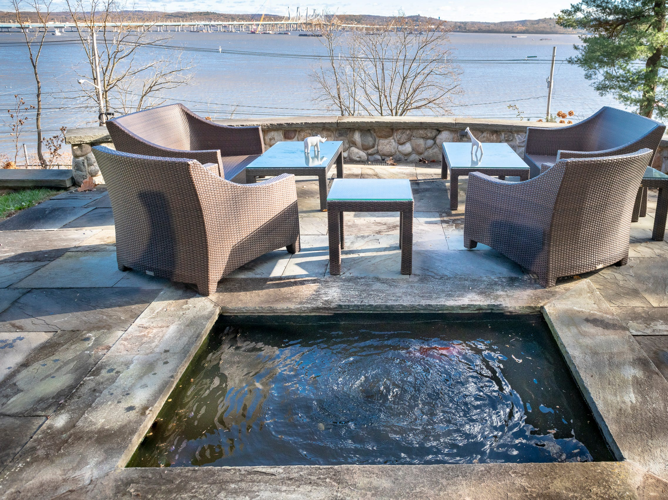Outdoor terrace at Overledge in Grand View.