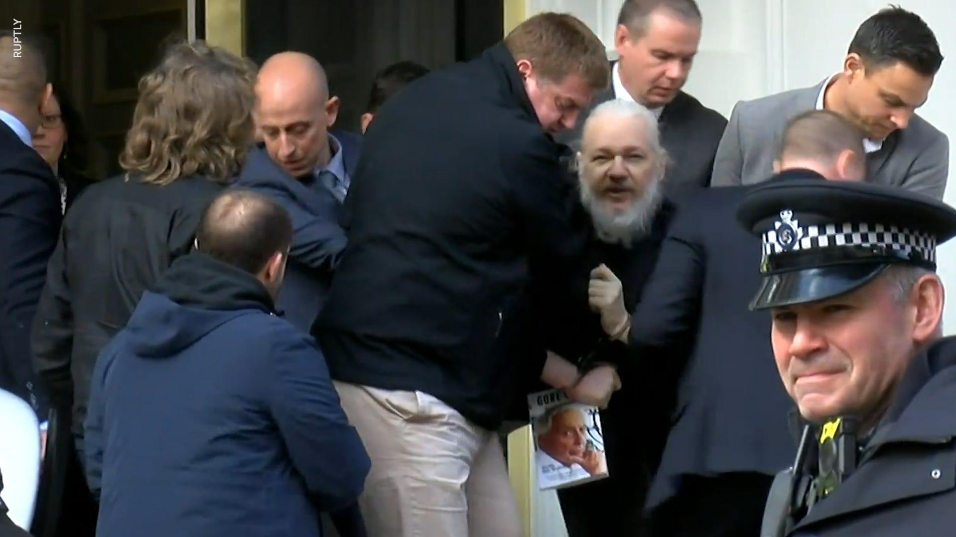 Julian Assange, WikiLeaks founder, was holding Gore Vidal book during arrest