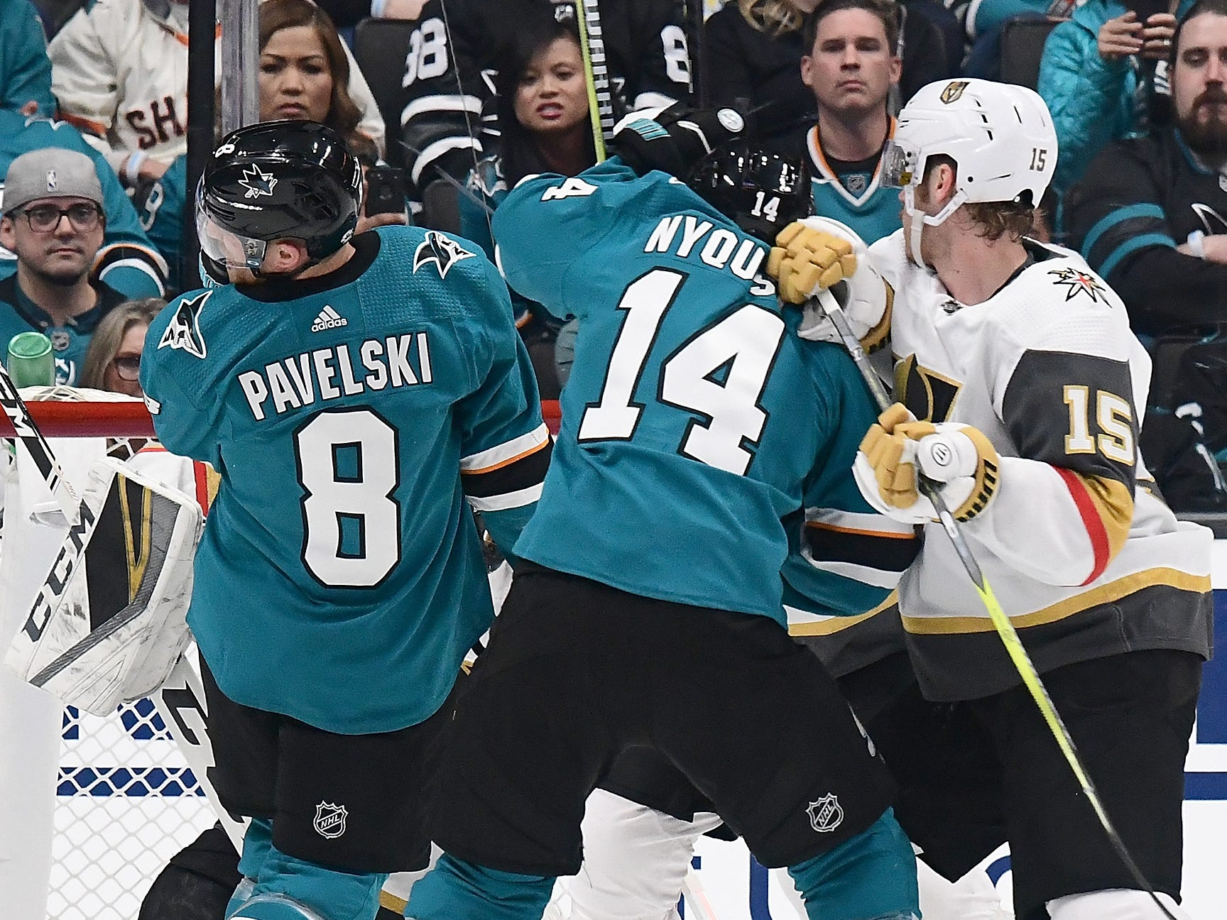 First round: San Jose Sharks captain Joe Pavelski scores a goal off his face against the Vegas Golden Knights.