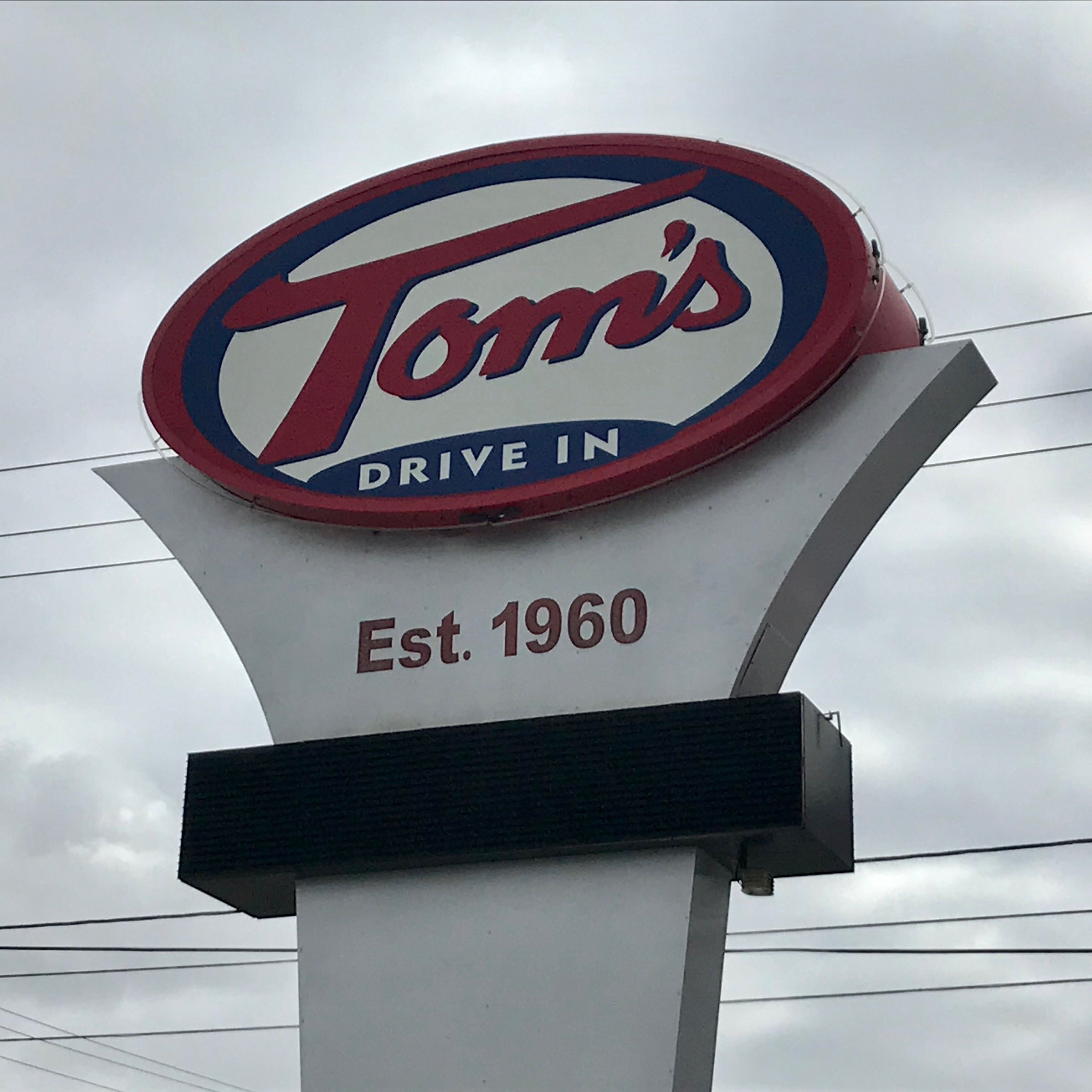 Tom's Drive In bans middle schoolers, Donald Trump to visit Green Bay: Stories you loved
