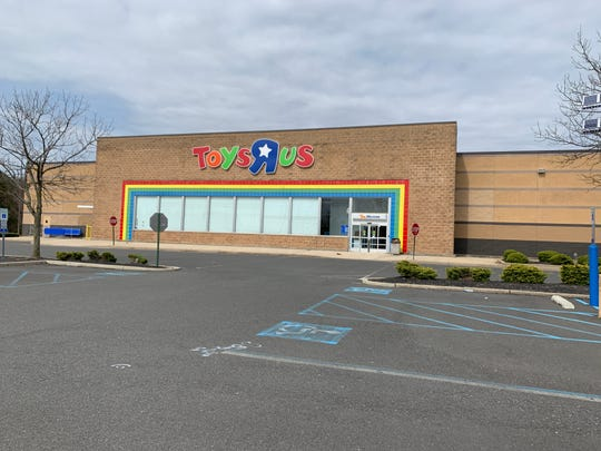 Burlington Stores is moving into an old Toys R Us store on Hooper Avenue in Toms River.