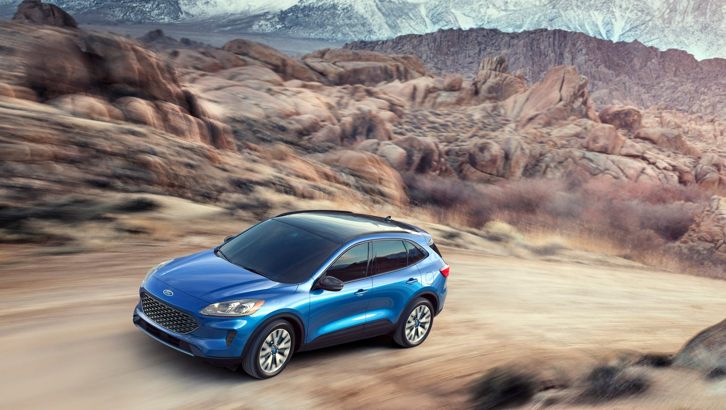 Ford sticks with hybrids as other automakers rush to all-electric vehicles: Here's why