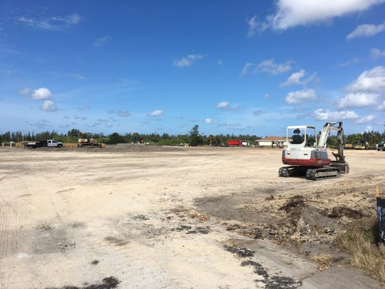 New ALDI grocery store off Pine Island Road breaks ground.