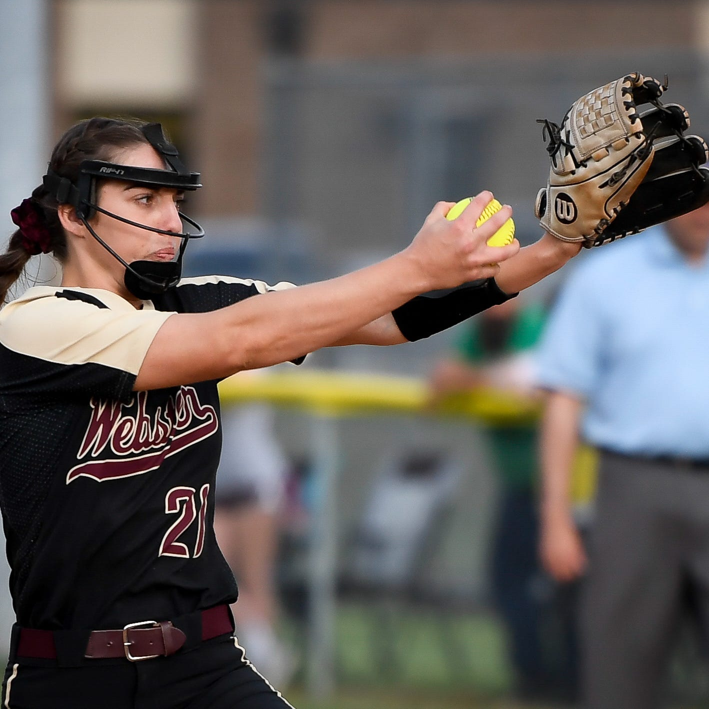 Karlie Keeney fans 10 as Webster County edges Owensboro Catholic 2-1