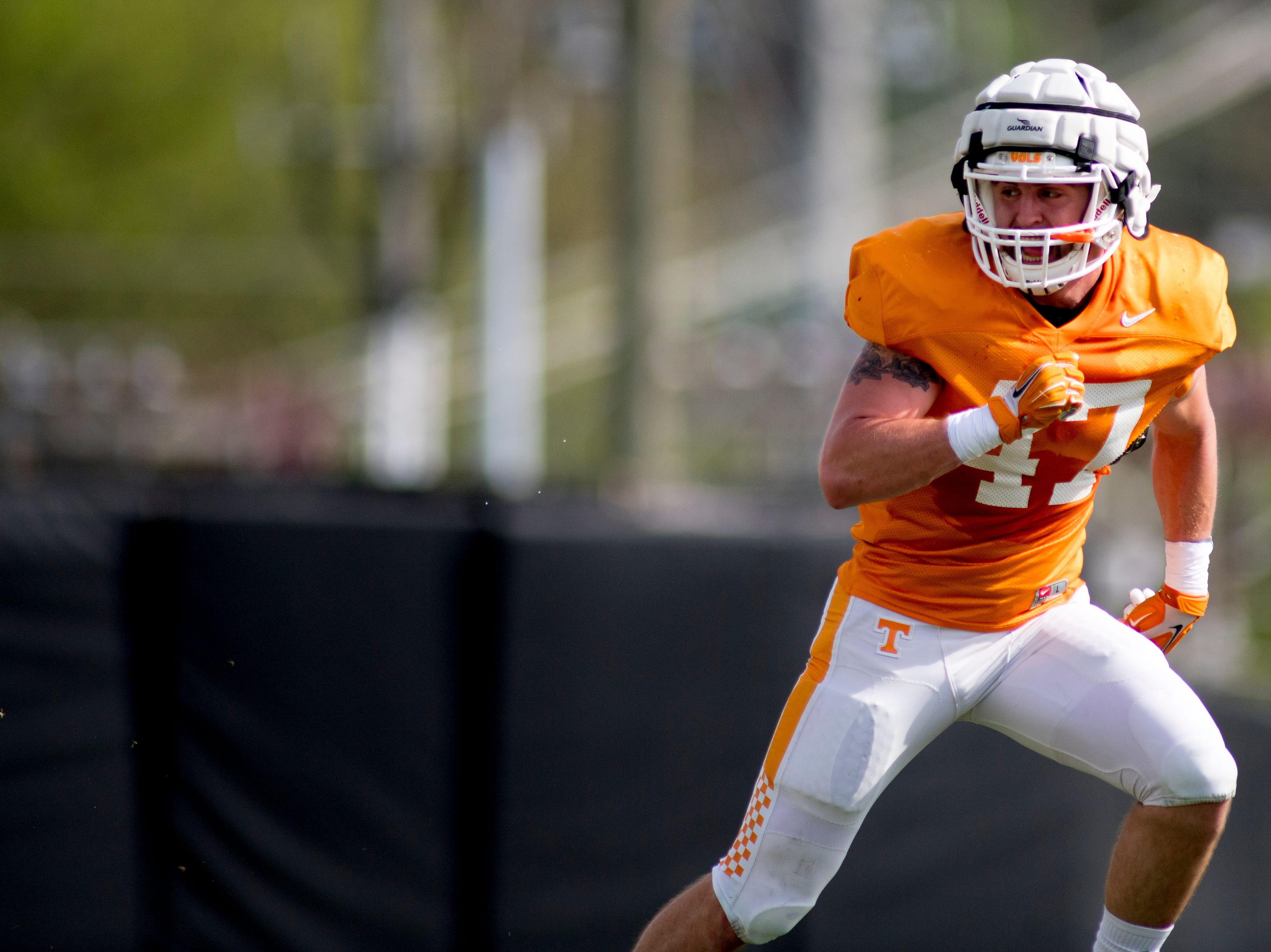 Tennessee's Landon Knoll (47) runs through a drill during Tennessee spring practice at Haslam Field in Knoxville, Tennessee on Thursday, April 11, 2019.
