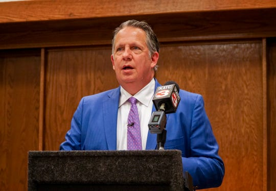 Lafayette Mayor-President Joel Robideaux reveals interviews conducted with Lafayette Utilities System staff that show leaders knew payments to LUS Fiber were questionable.