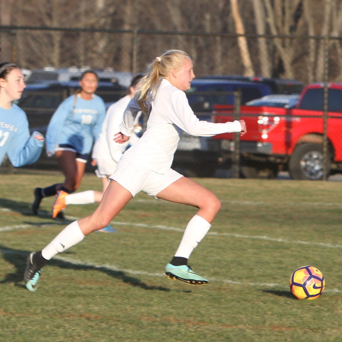 Prep roundup: Hartland girls soccer sets up big week