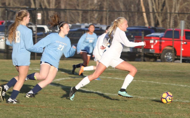 Justina L'Esperance scored twice for Hartland in a 5-3 victory over Canton.