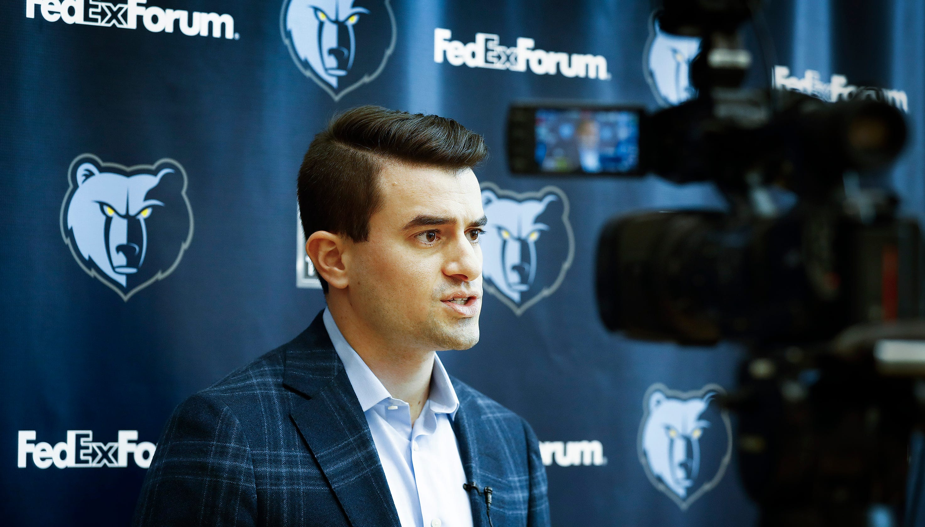 f27e8cacf26 What to expect from Grizzlies coaching search led by Zach Kleiman