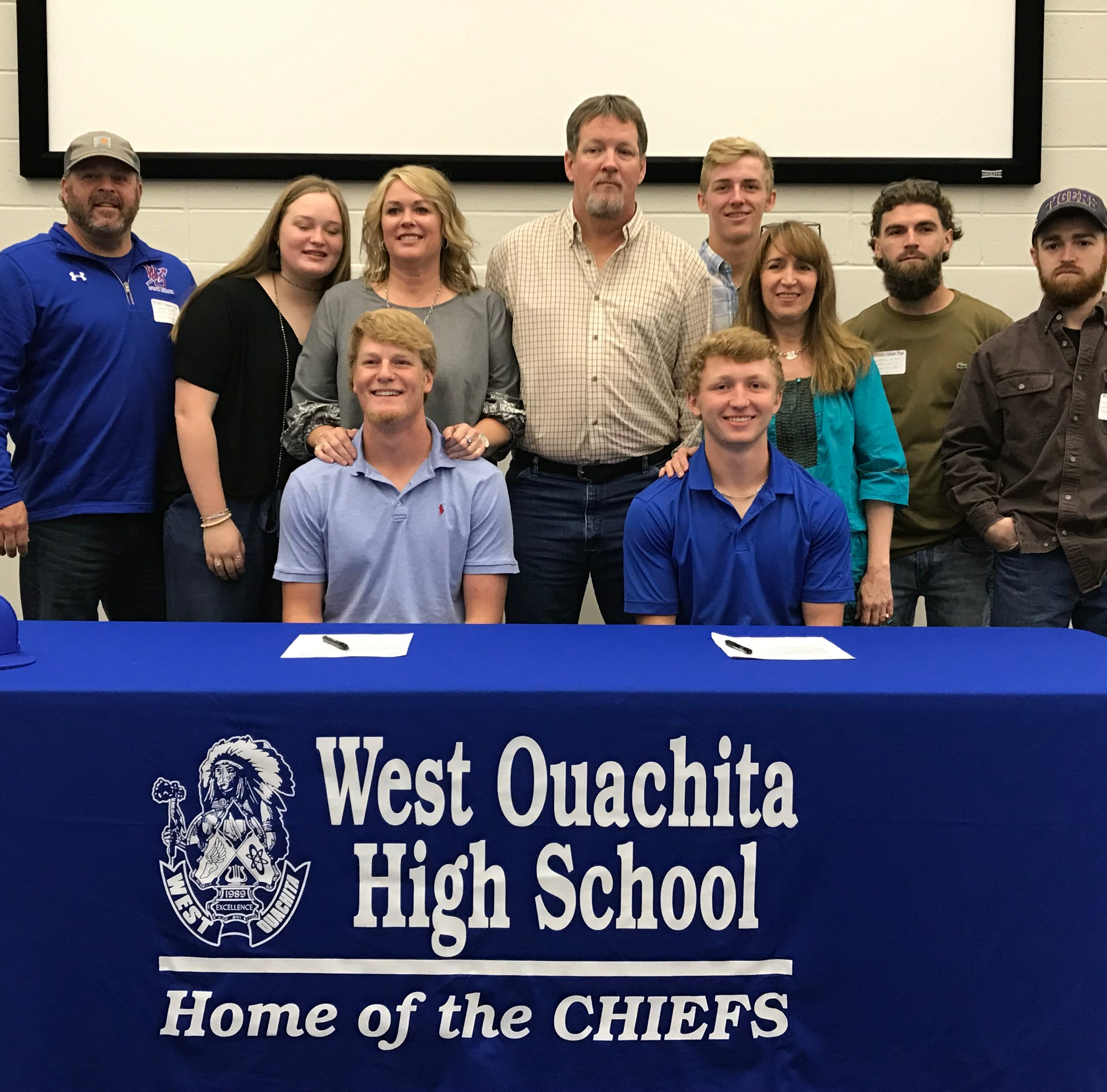 WO's Parker, Rutledge sign with Copiah-Lincoln Community College