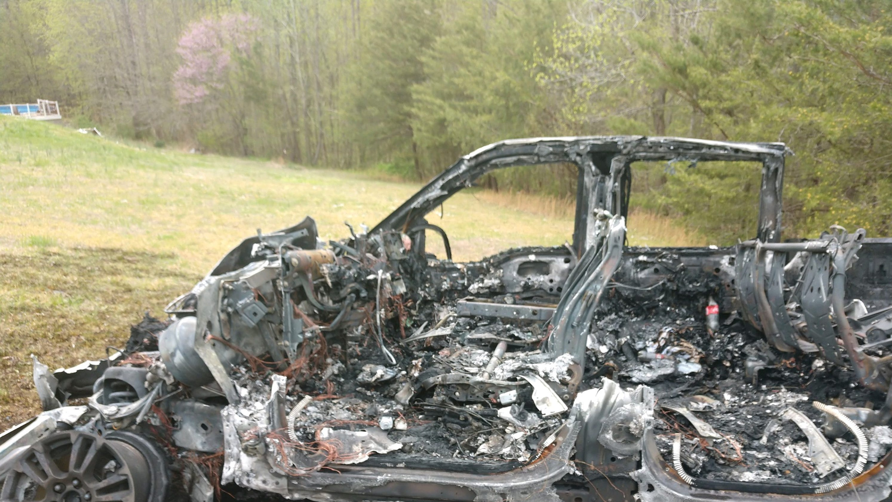 Cheatham Co  911: Avoid intersection after fiery multi