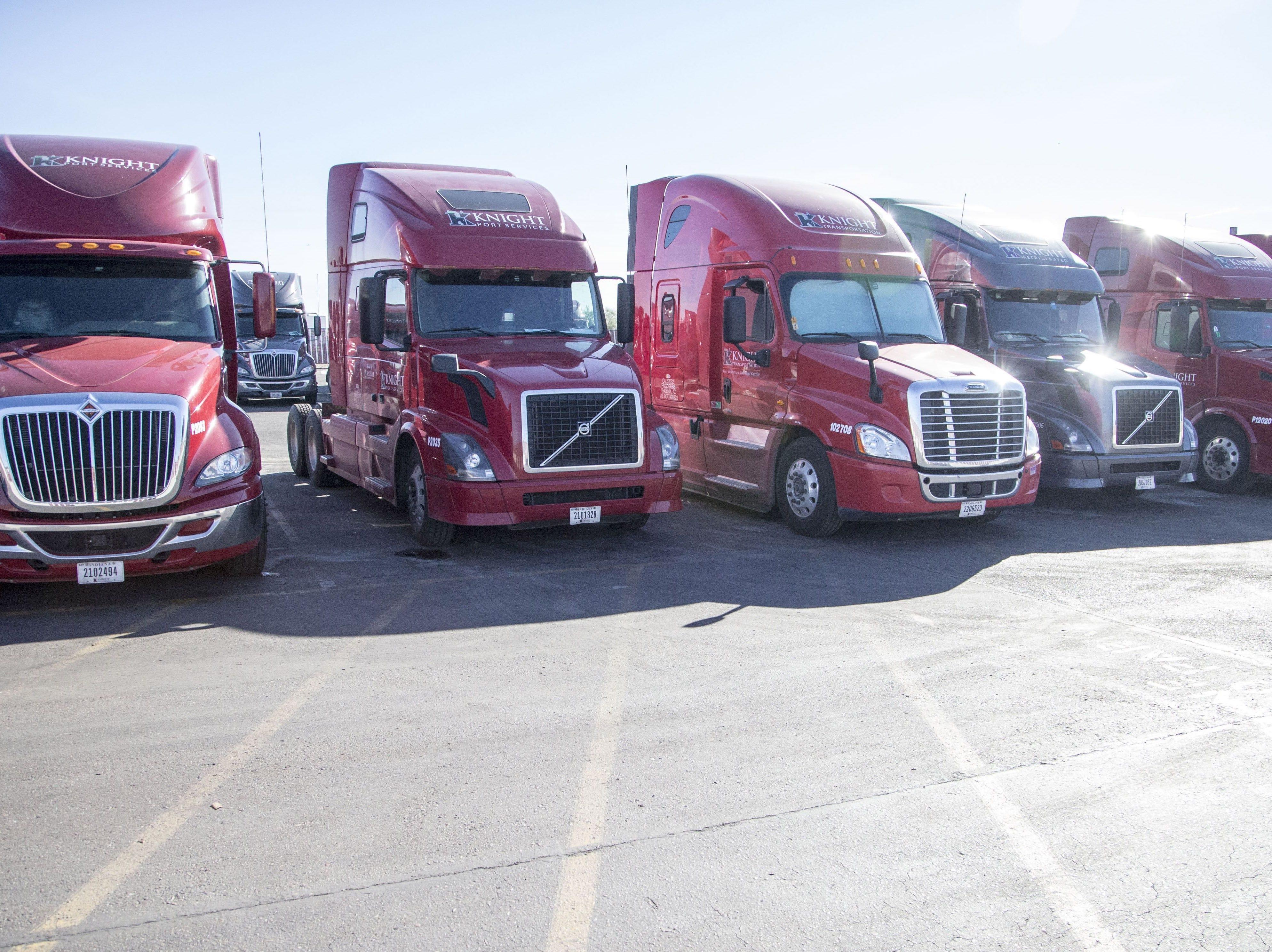 No. 50:  Knight-Swift Transportation | Trucking, transportation services | 2019 employees: 3,500 | 2018 employees: 3,400e (estimated by Arizona Republic) | Ownership: Public | Headquarters: Phoenix | www.knight-swift.com