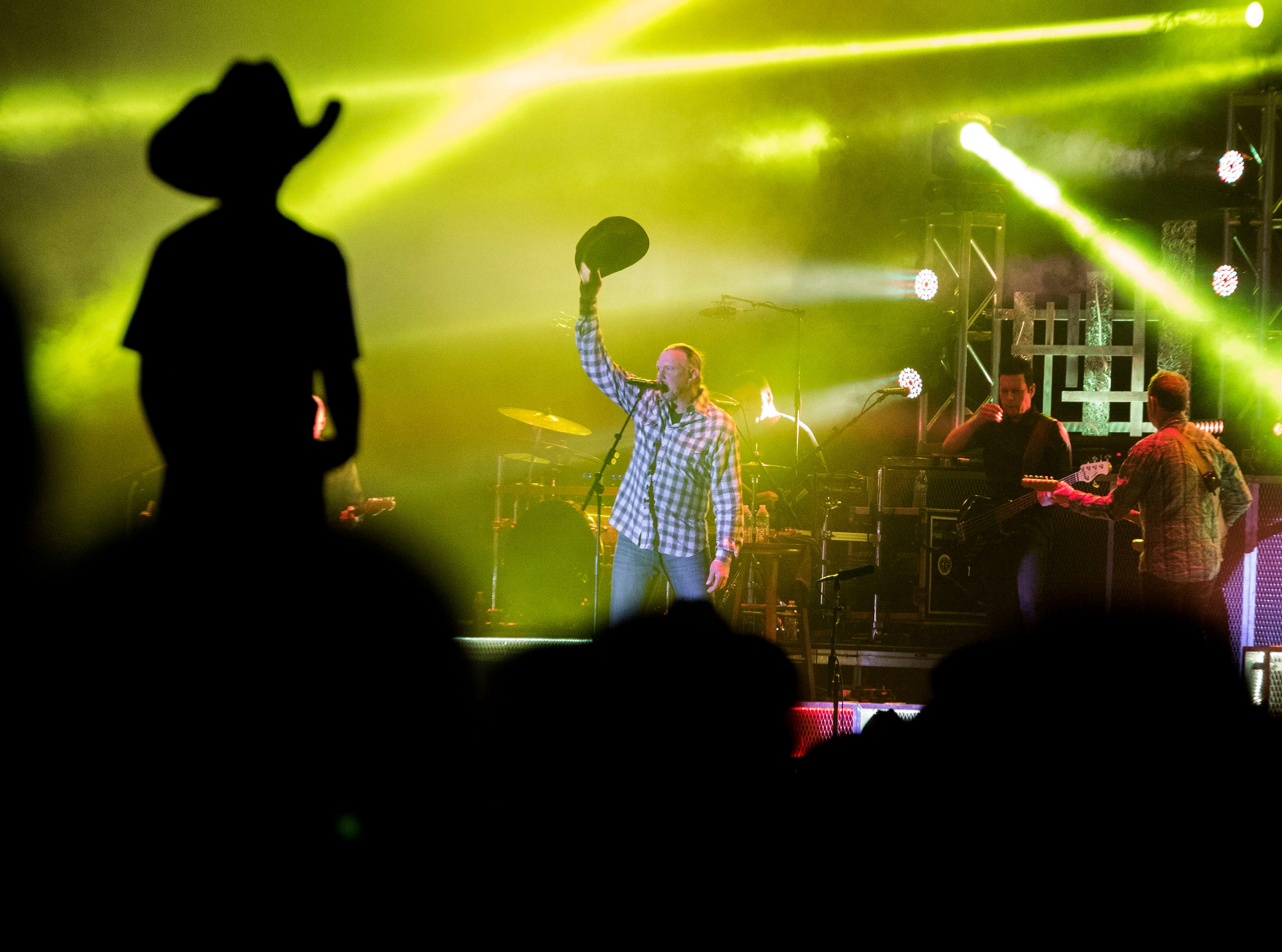 Trace Adkins tips his hat to the crowd after entertaining them for an hour during Country Thunder Arizona April 11, 2019, in Florence.