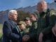 El vicepresidente de Estados Unidos Mike Pence hizo un recorrido el jueves 11 de abril, 2019 por la frontera de Arizona, donde se reunió con autoridades de inmigración. Durante su visita confirmó que el presidente Donald Trump no tiene pensado regresar a la política de separación de familias.