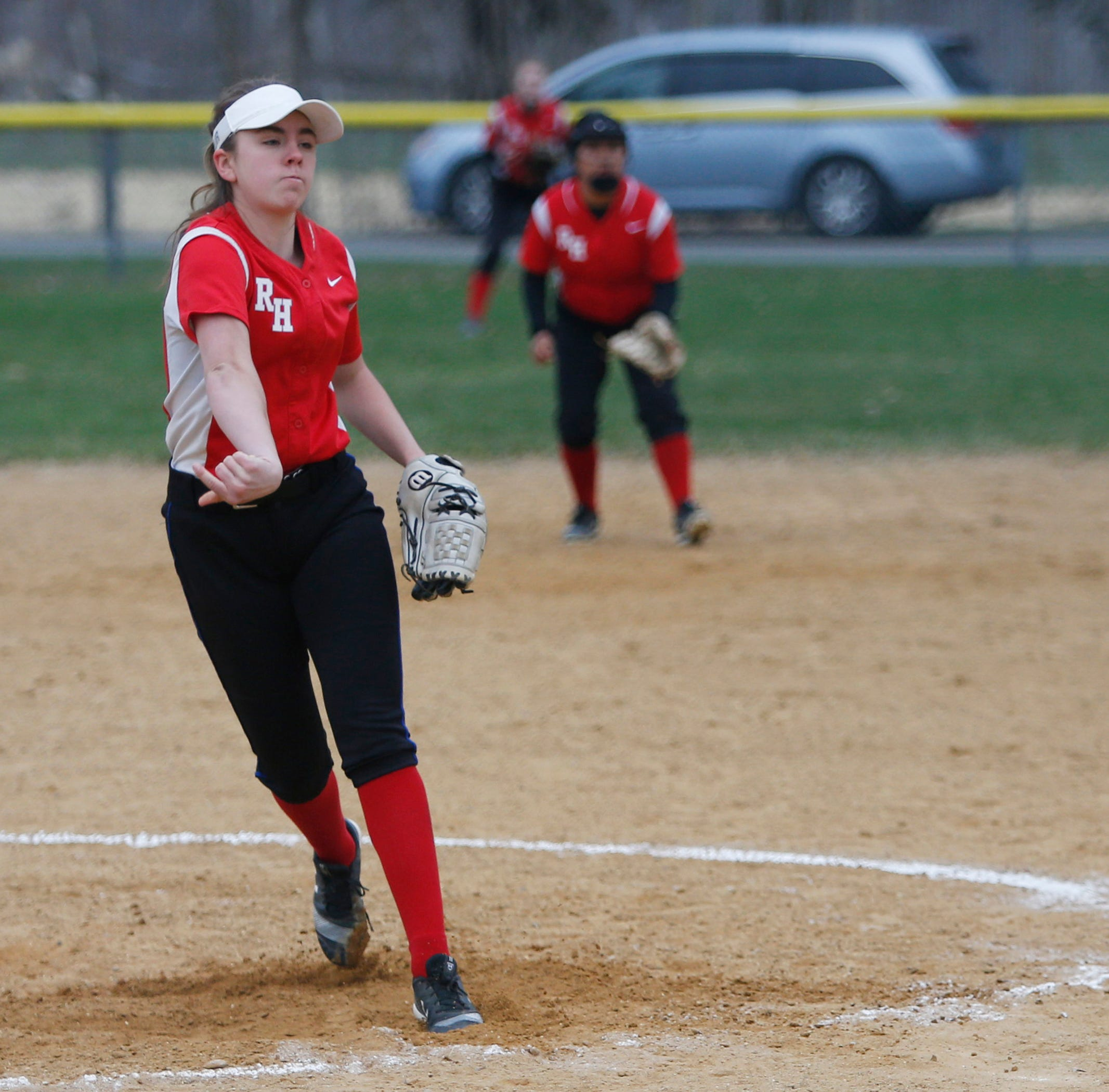 Red Hook's Alexis Murphy pitches during Thursday's game versus Highland on April 11, 2019.