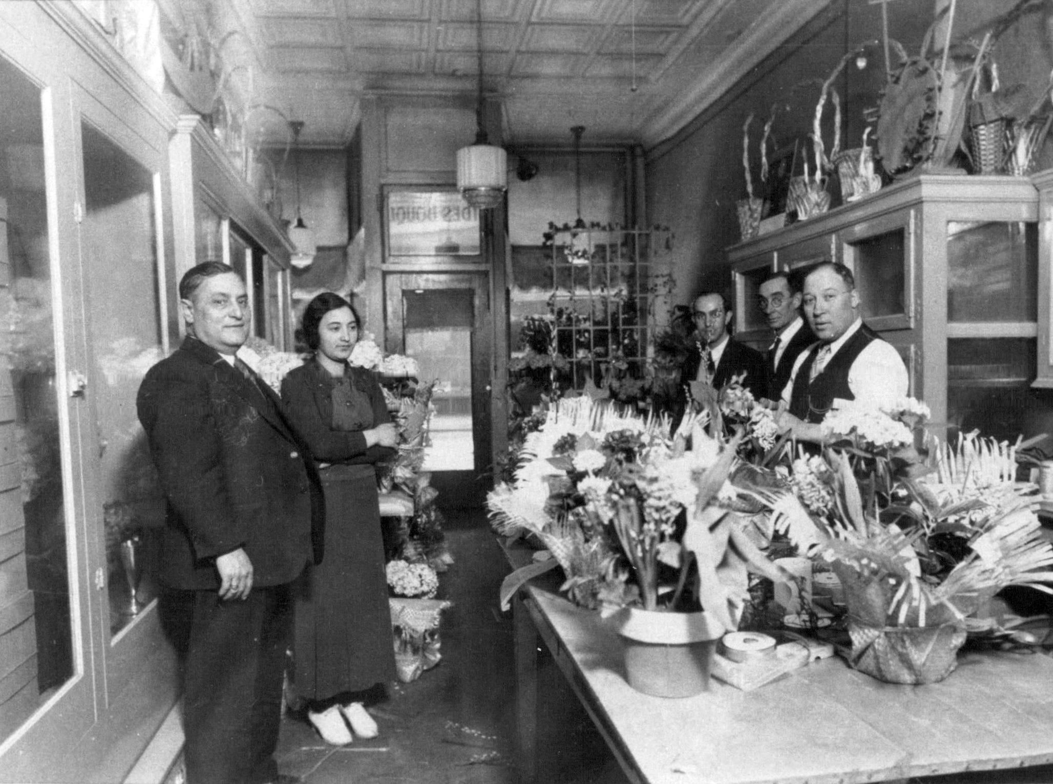 This photo from about 1916 shows Fioravanti's Florist on North Street.