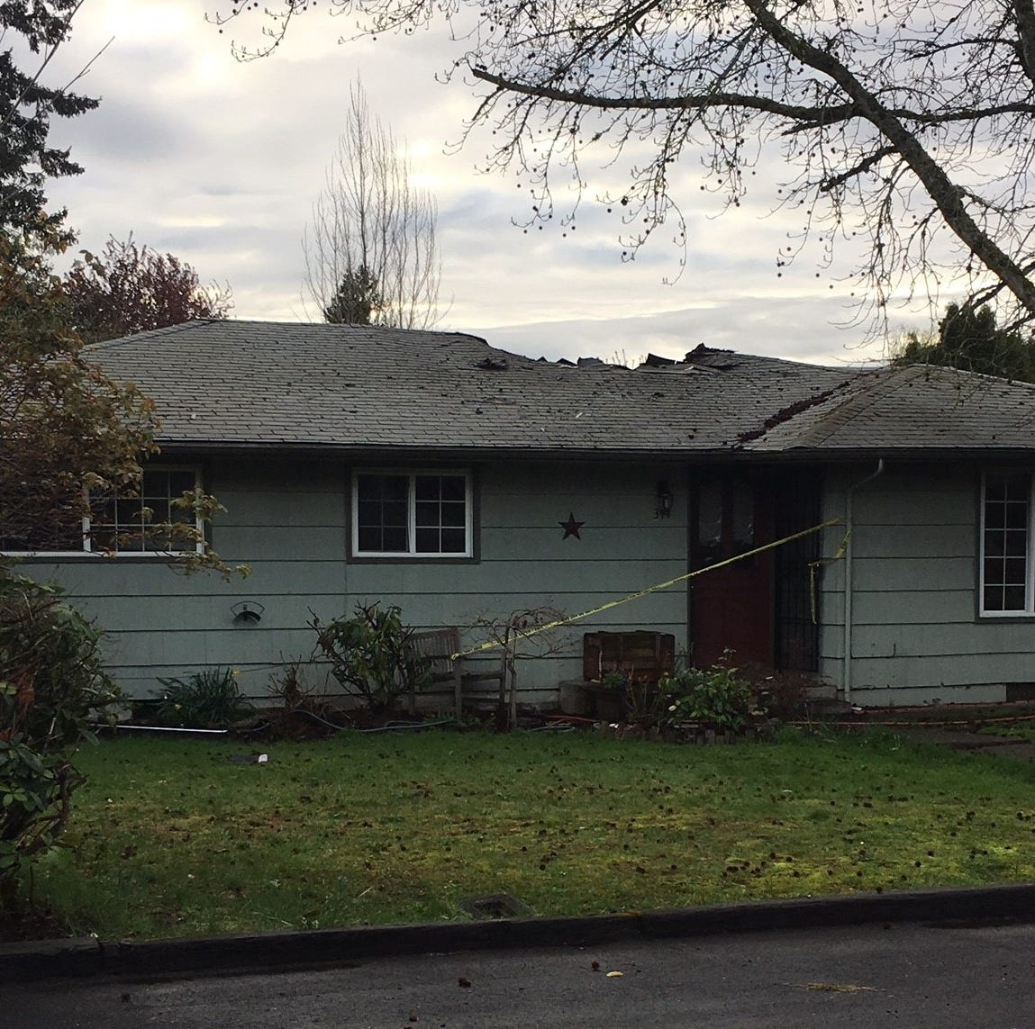 Early morning house fire on 45th Ave SE in Salem under investigation