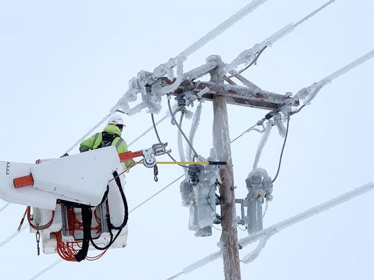 Heavy snow and ice on power lines resulted in thousands of power outages this week. More than 12,000 customers with Xcel and Sioux Valley Energy were without power in southeast Sioux Falls at 7:30 a.m. on Thursday.