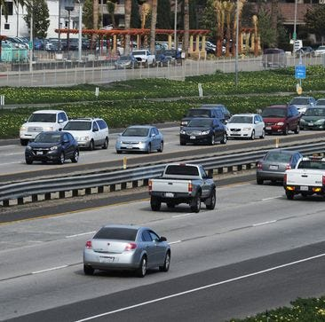 Carpool lanes on the 101? Caltrans wants Ventura County to weigh in