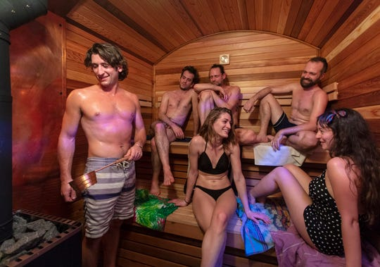 Cloudberry, a Finnish-style sauna created by Henning Grentz, a lifelong enthusiast of Finnish saunas, is a mobile spa.