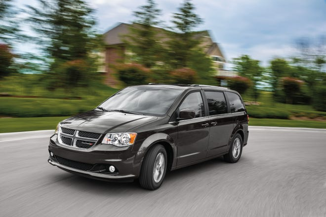 Minivan Sales Plunge As America S Love Affair With Suvs Continues