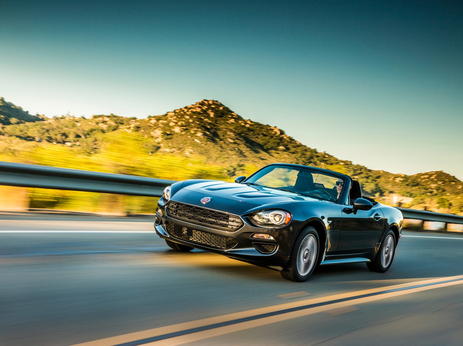 The 2019 Fiat 124 Spider Classica.