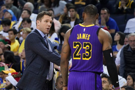 Luke Walton wasn't able to get the Lakers firing on all cylinders, even when healthy.