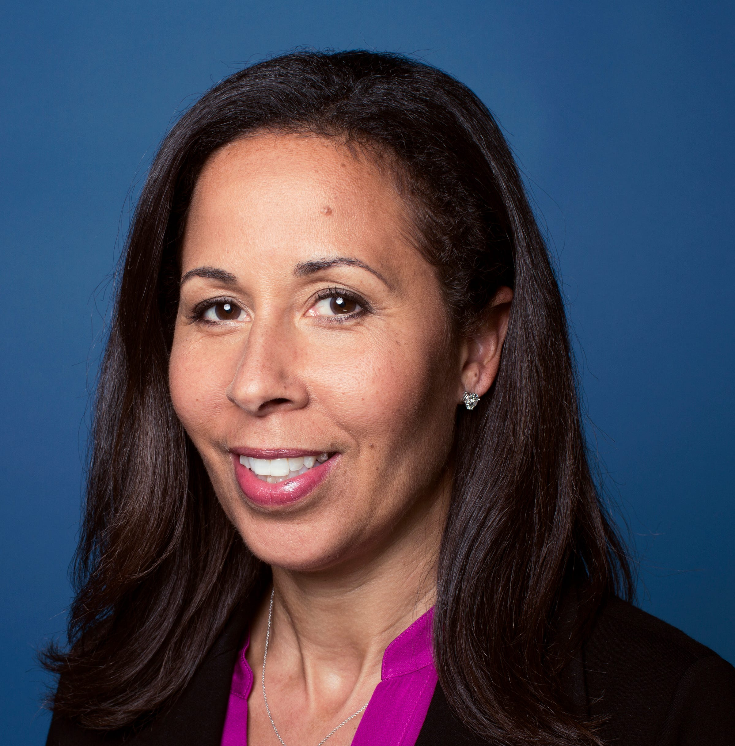 Facebook nominates Peggy Alford, first African American woman, to its board of directors