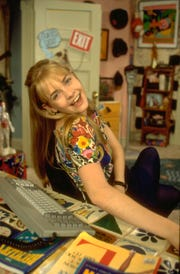 """Melissa Joan Hart landed the lead in """"Clarissa Explains It All,"""" even though producers weren't planning to hire a blonde actress."""