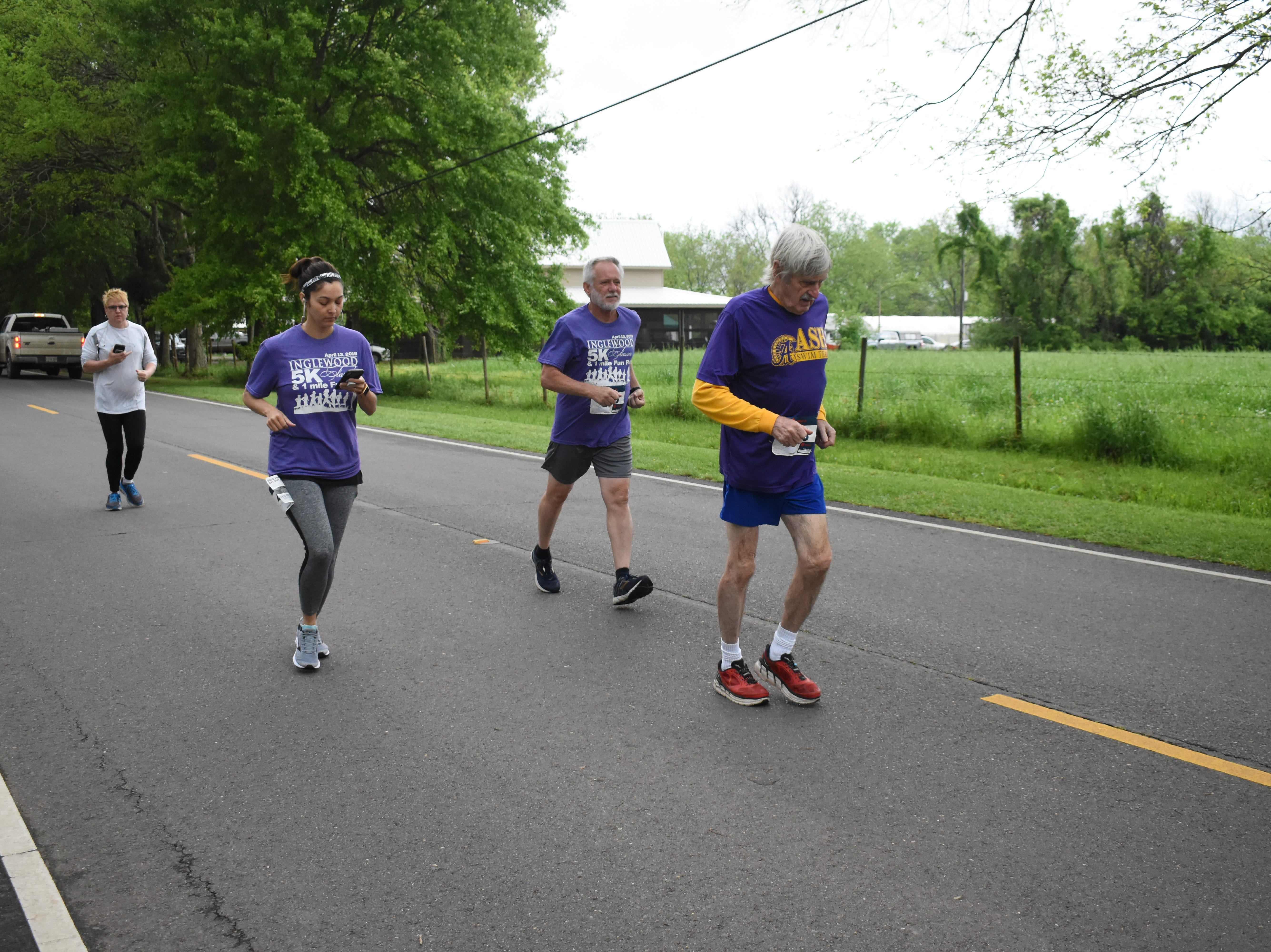 The Inglewood Class 5k & 1-mile Fun Run was held Saturday, April 13, 2019 at Inglewood Plantation with about 90 runners and walkers participating. Proceeds from the run benefit the Food Bank of Central Louisiana's Good Food Project . The Good Food Project has community and school gardens through Central Louisinana that feed and educate people about eating healthy foods and having a healthy lifestyle.