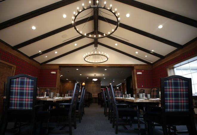 The dining room in TJ's Highland Steakhouse Friday, April 12, 2019, in Oshkosh, Wis.  Danny Damiani/USA TODAY NETWORK-Wisconsin