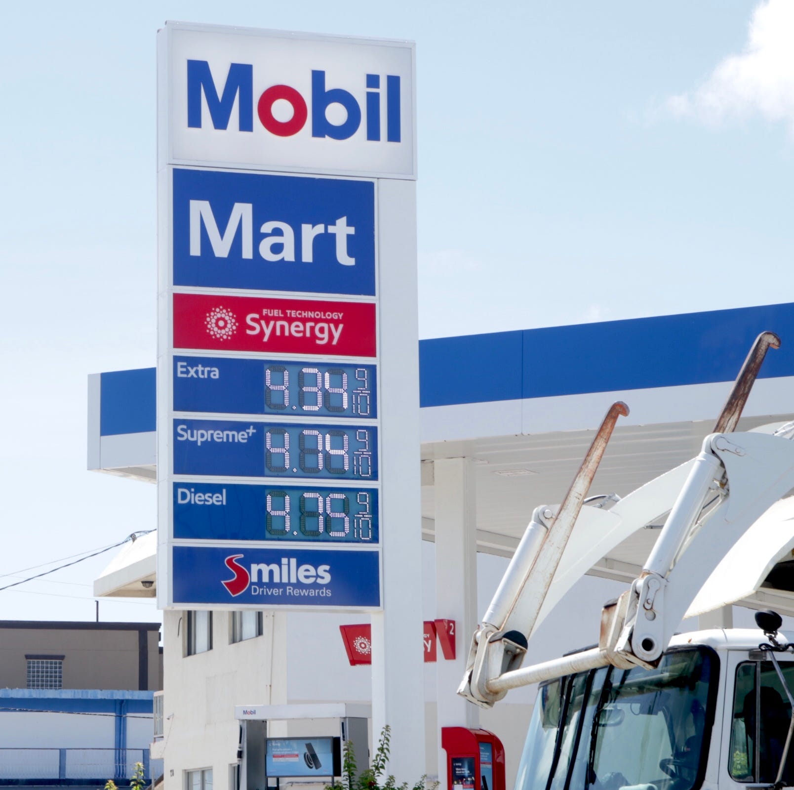 Mobil increases gas price 10 cents, regular fuel now $4.35 a gallon in Guam
