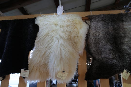 Windsong Farm sells wool and sheepskins.