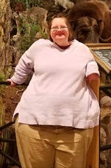 A picture of Makisha Ralph before her weight loss transformation. At her heaviest she weighed 306 pounds.