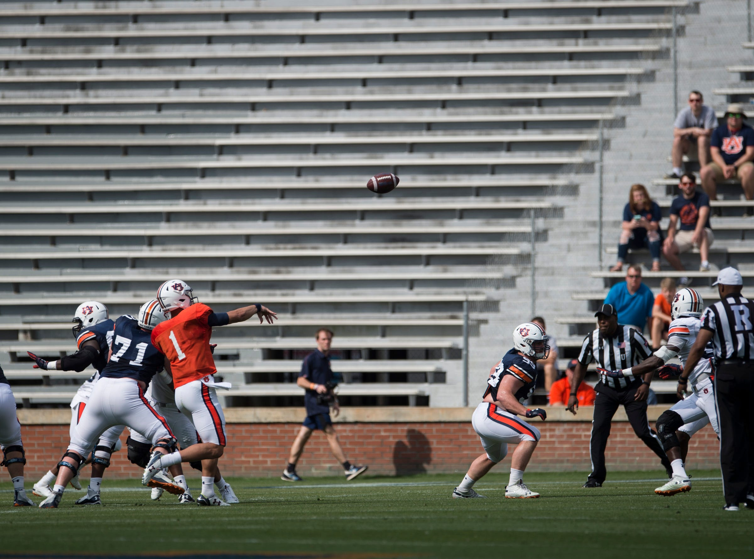 Auburn quarterback Joey Gatewood (1) throws a pass during the A-Day spring practice gameat Jordan-Hare Stadium in Auburn, Ala., on Saturday, April 13, 2019.