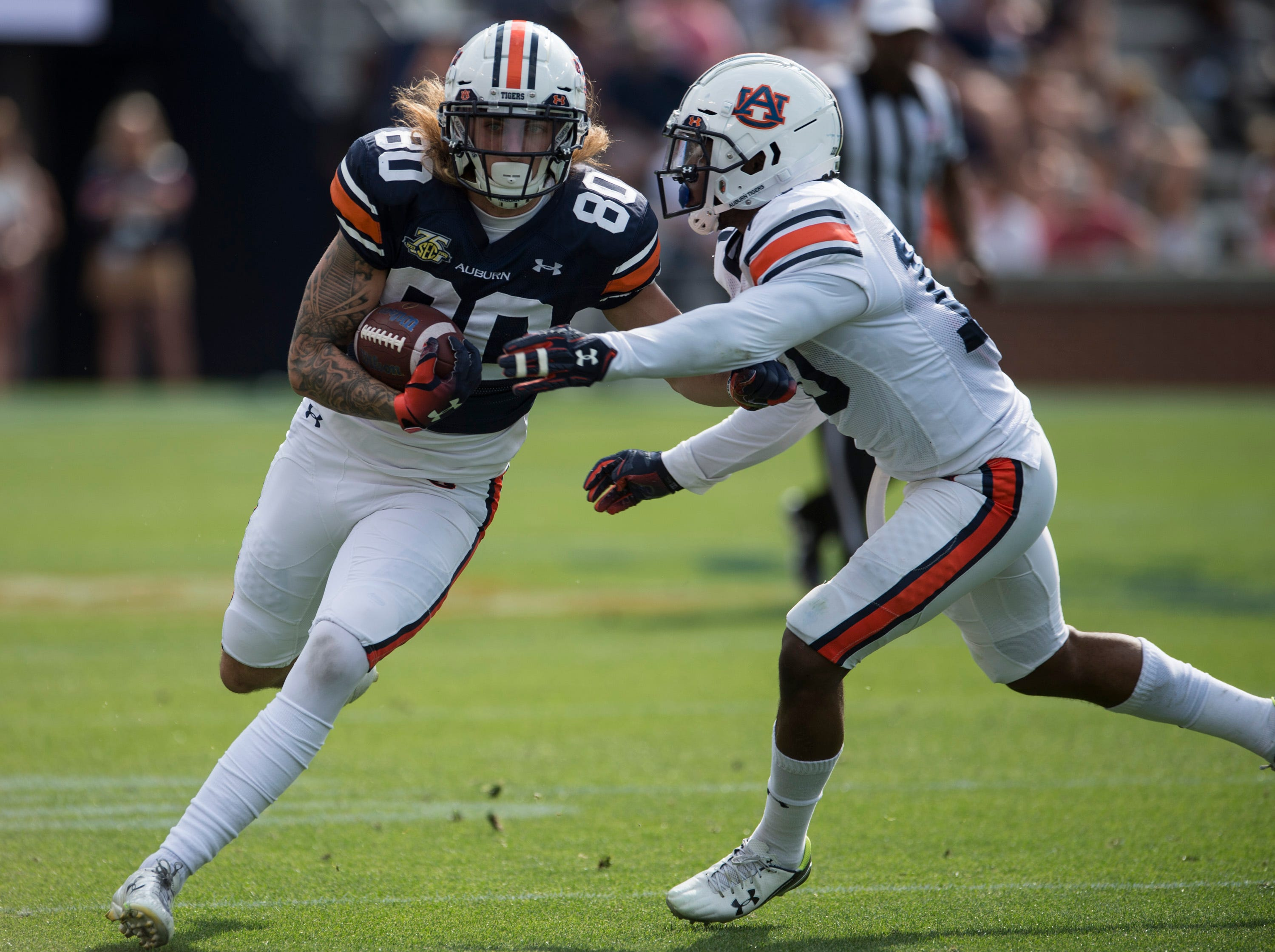 Auburn tight end Sal Cannella (80) runs the ball after a catch during the A-Day spring practice gameat Jordan-Hare Stadium in Auburn, Ala., on Saturday, April 13, 2019.