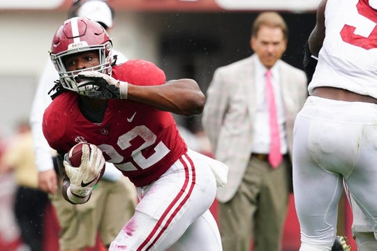 Apr 13, 2019; Tuscaloosa, AL, USA; Alabama Crimson Tide running back Najee Harris (22) carries the ball during the spring game at Bryant-Denny Stadium. Mandatory Credit: Marvin Gentry-USA TODAY Sports