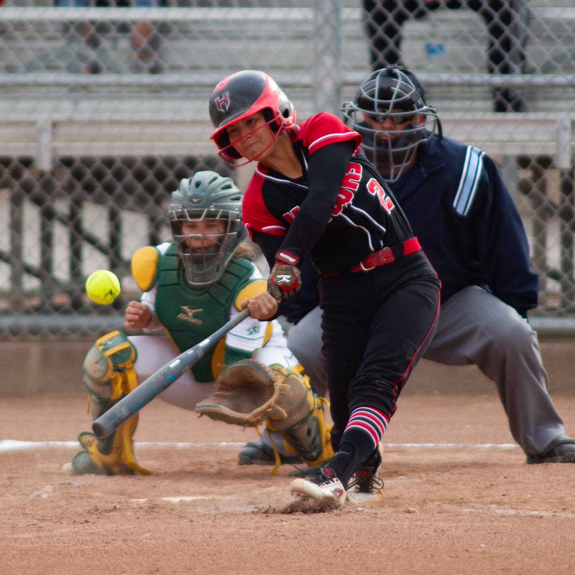 Mayfield softball splits with Centennial