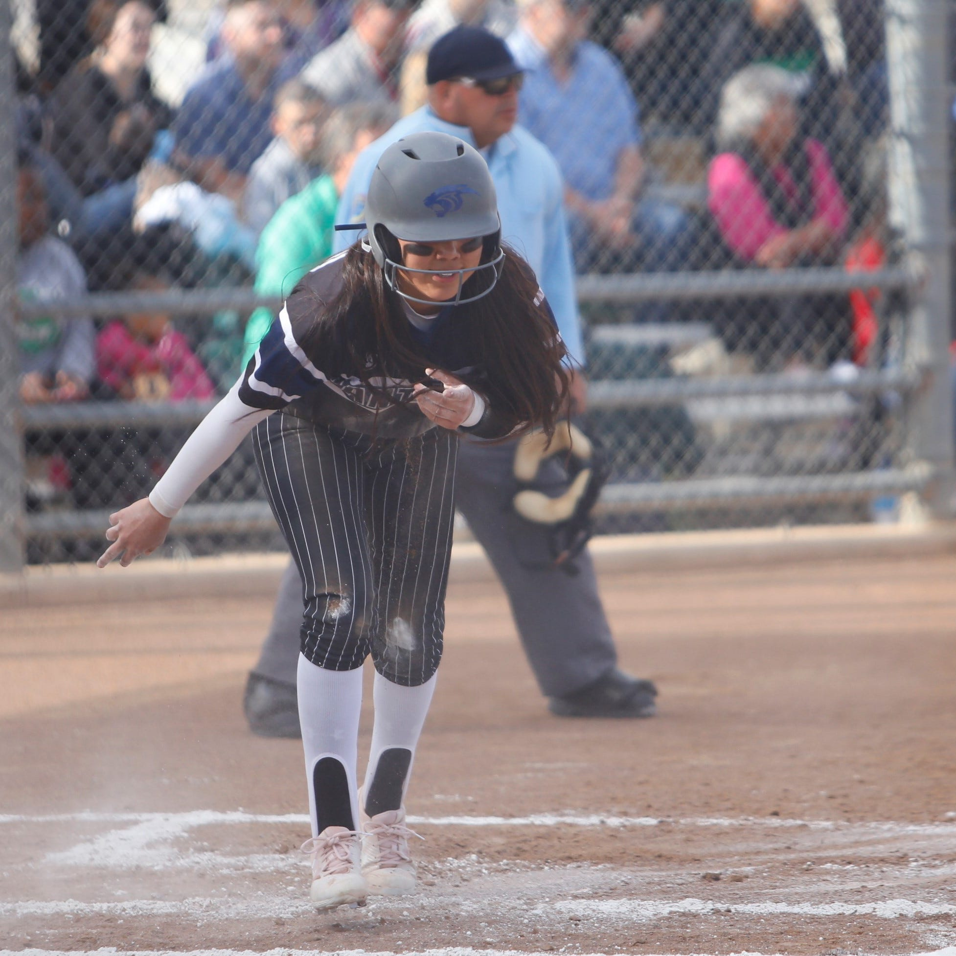 PV sweeps Farmington in district softball doubleheader