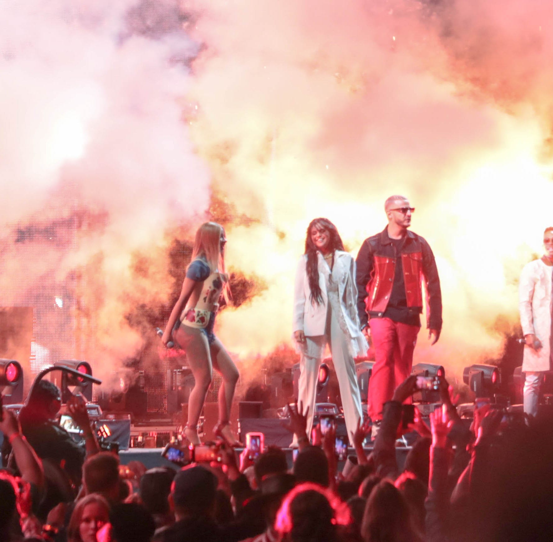 Coachella 2019: DJ Snake brings out Cardi B, Selena Gomez and Ozuna to perform 'Taki Taki'