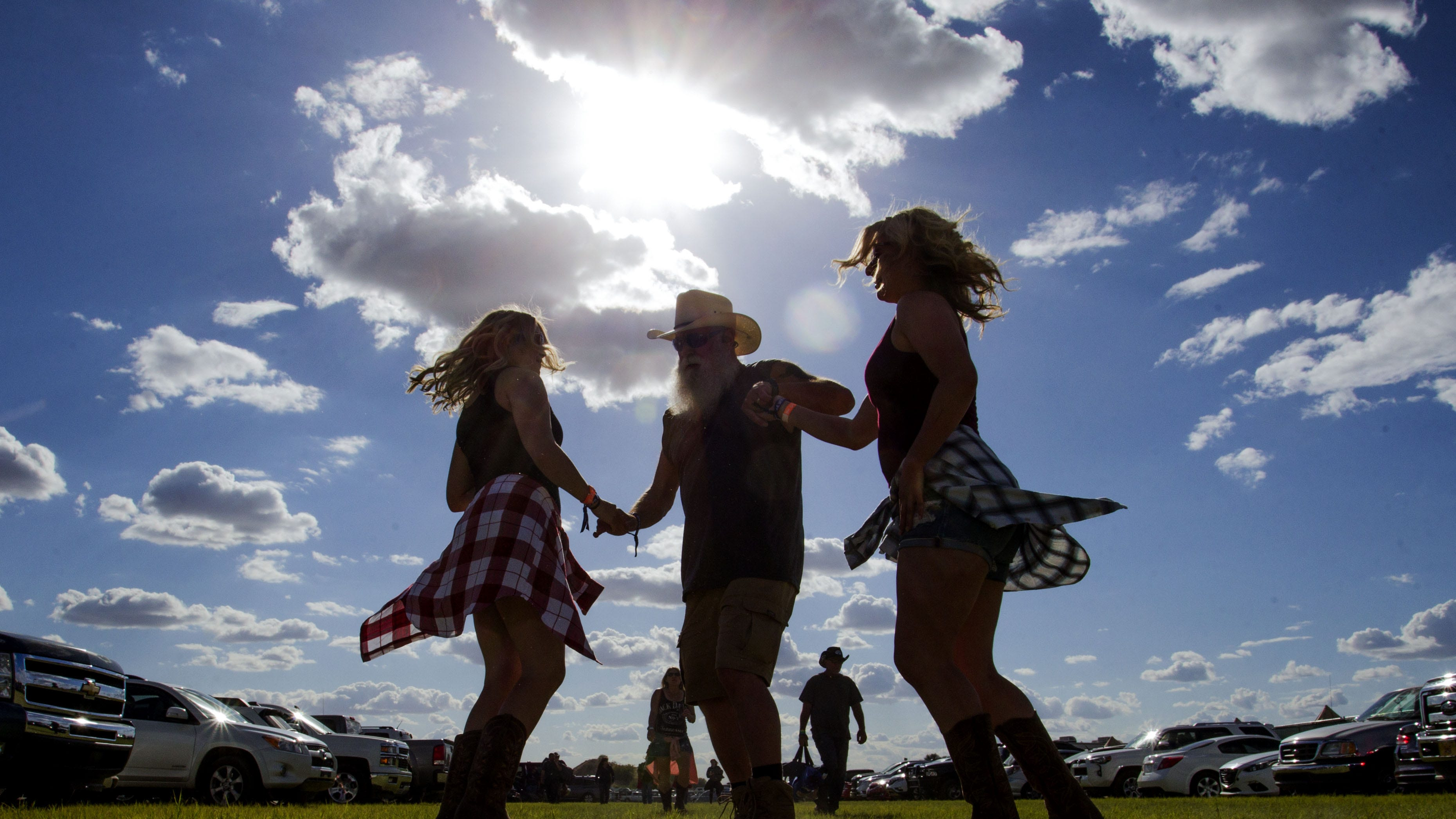 The funniest things overheard at Country Thunder 2019