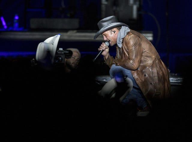 Concert news for Phoenix: Chance the Rapper postpones tour