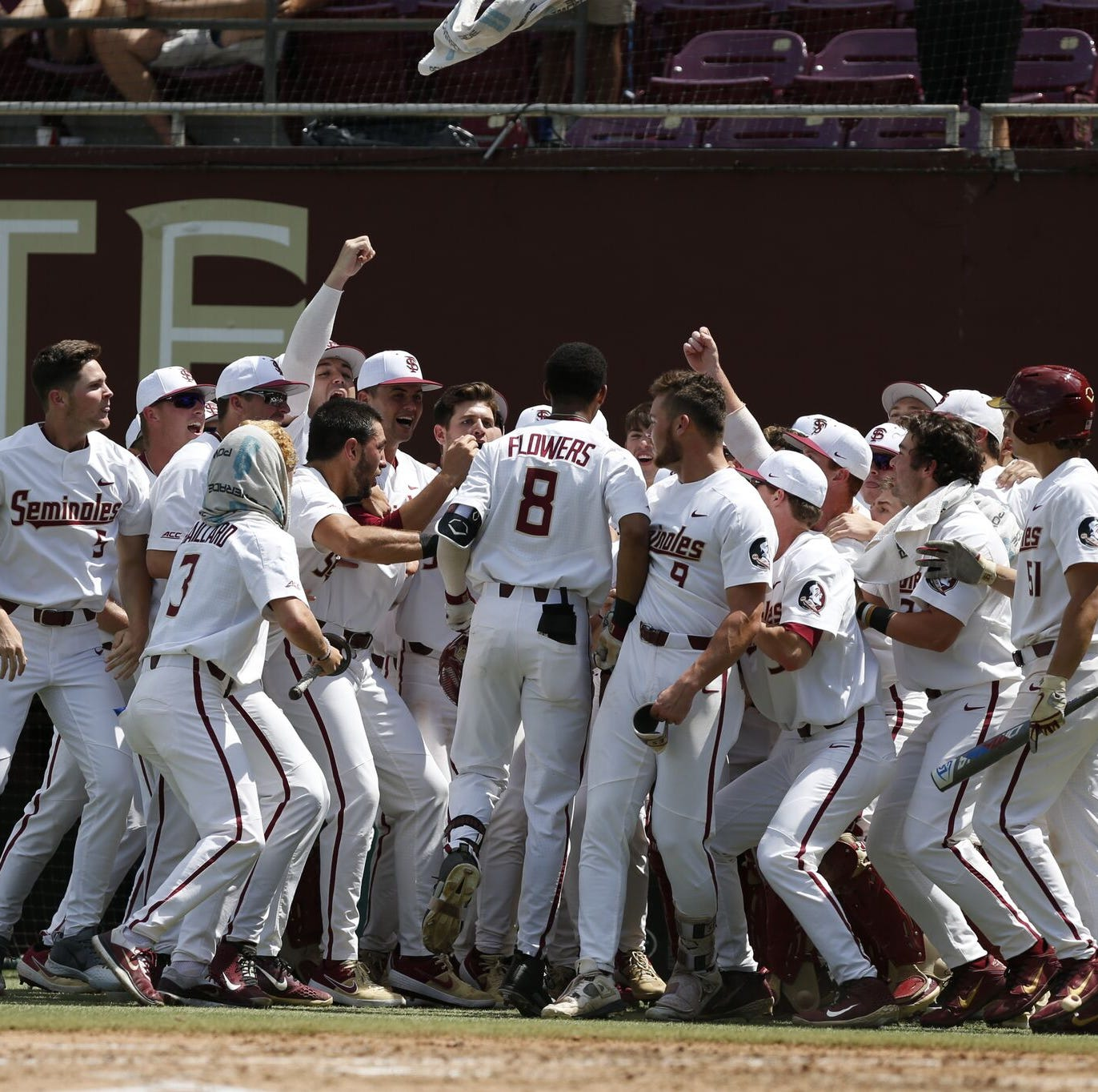 Florida State bats awaken in rout of Clemson, clinching huge series win
