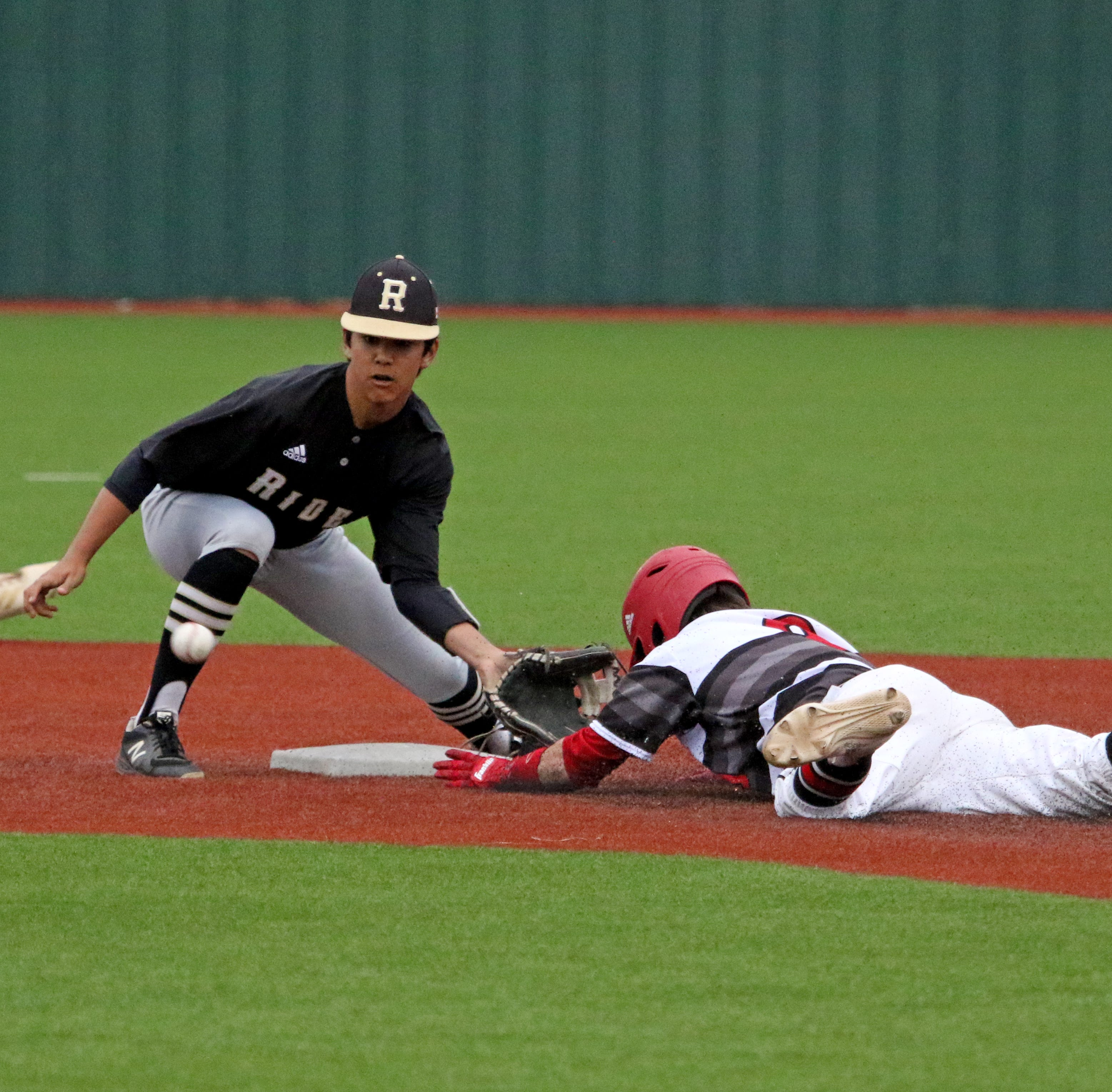 Baseball: Iowa Park takes outright 6-4A lead; Rider sweeps WFHS