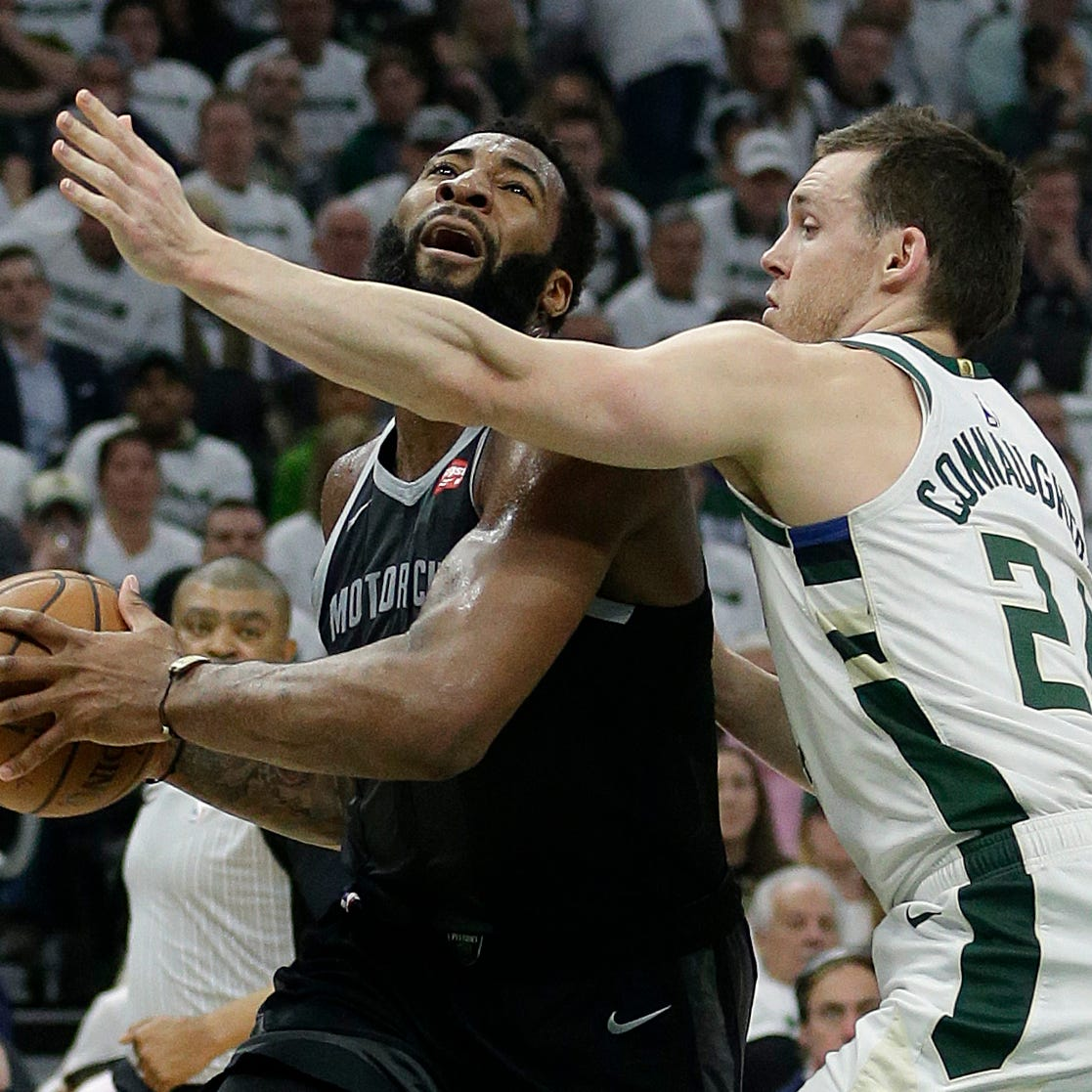 Pistons' Andre Drummond ejected for shoving Bucks' Giannis Antetokounmpo