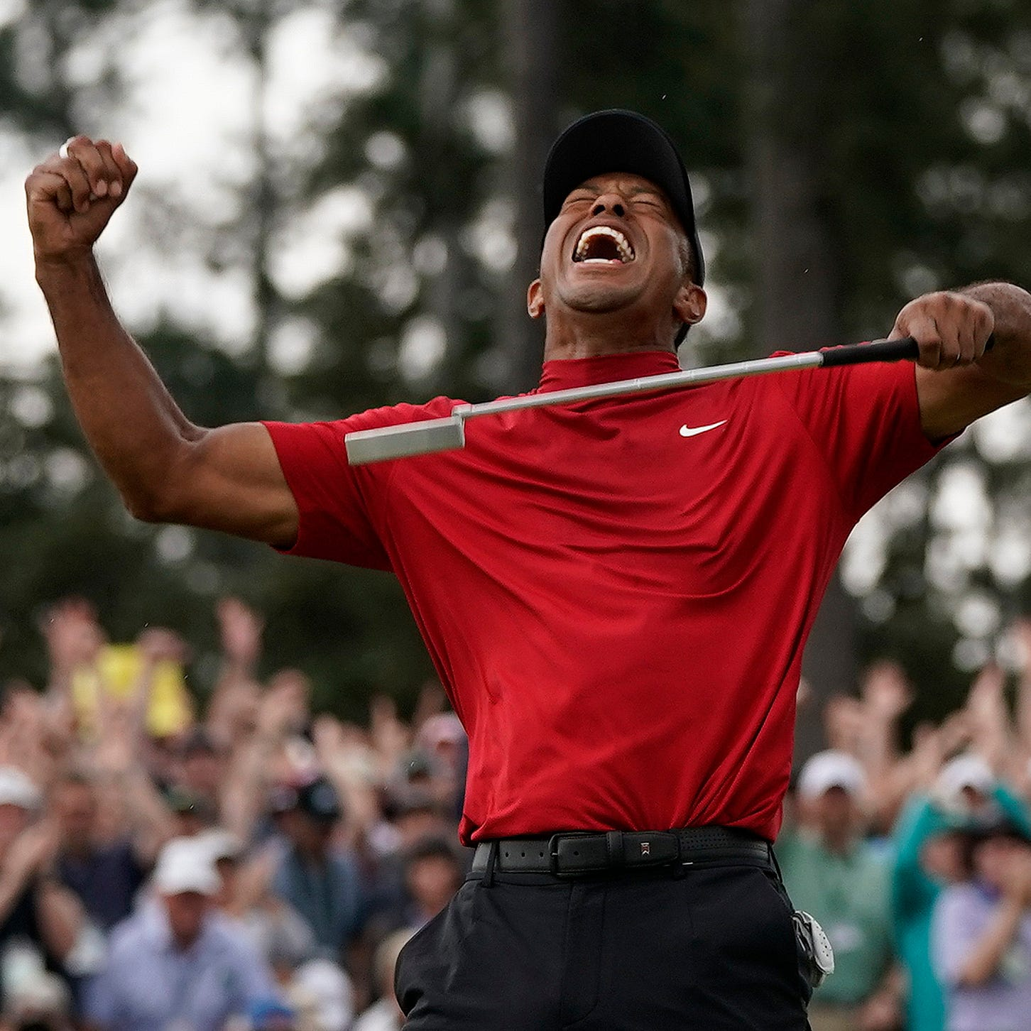He's back! Tiger Woods wins first Masters since '05