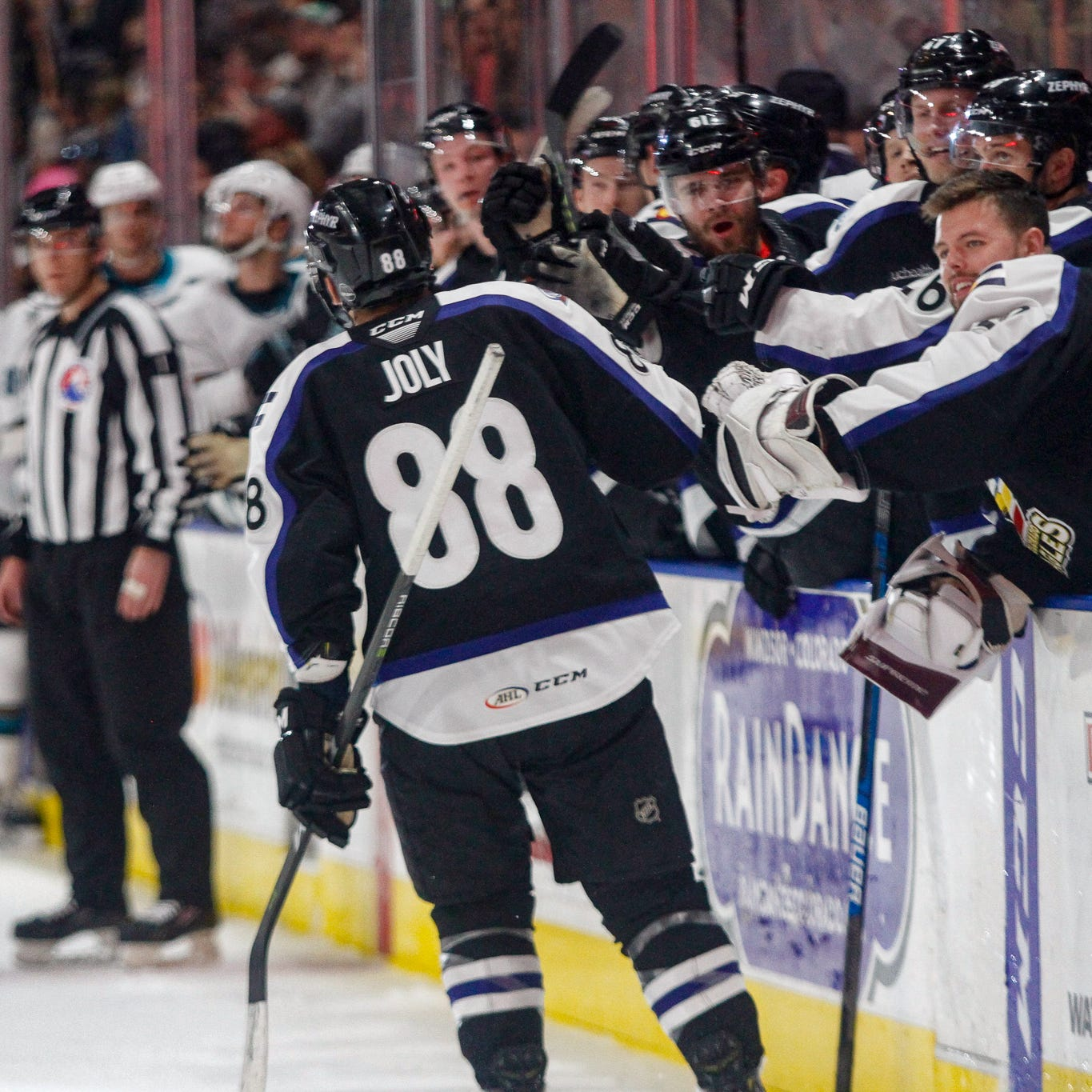 Colorado Eagles sneak into AHL playoffs