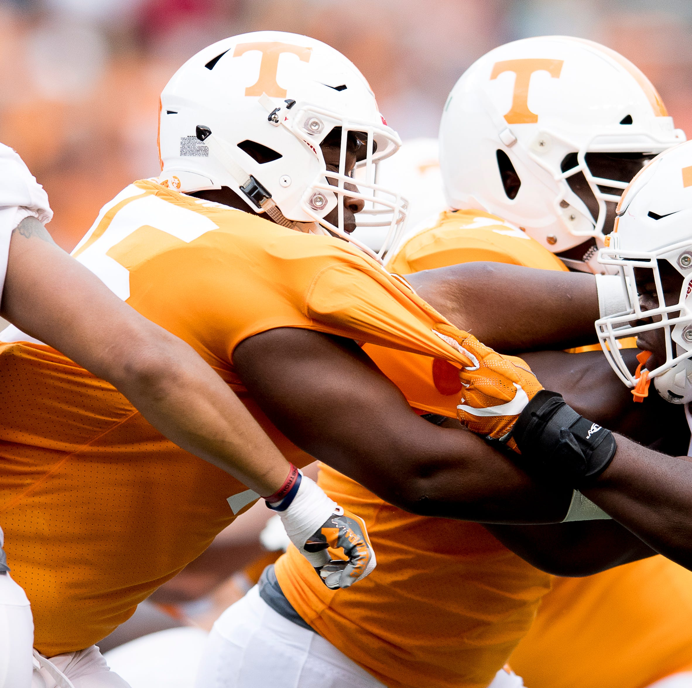 Setting the betting lines on Tennessee football games