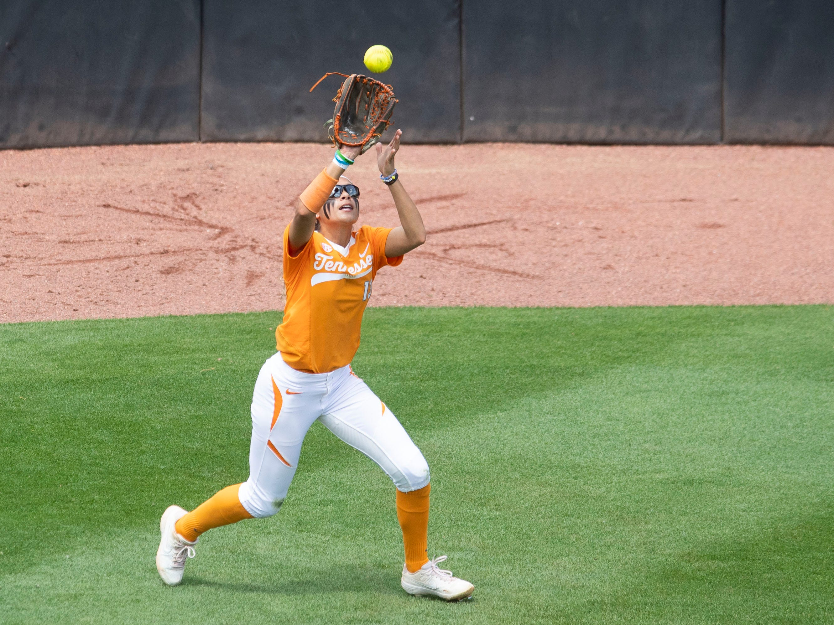 Tennessee's Amanda Ayala (13) catches a fly ball against Mississippi State at Sherri Parker Lee Stadium on Sunday, April 14, 2019.