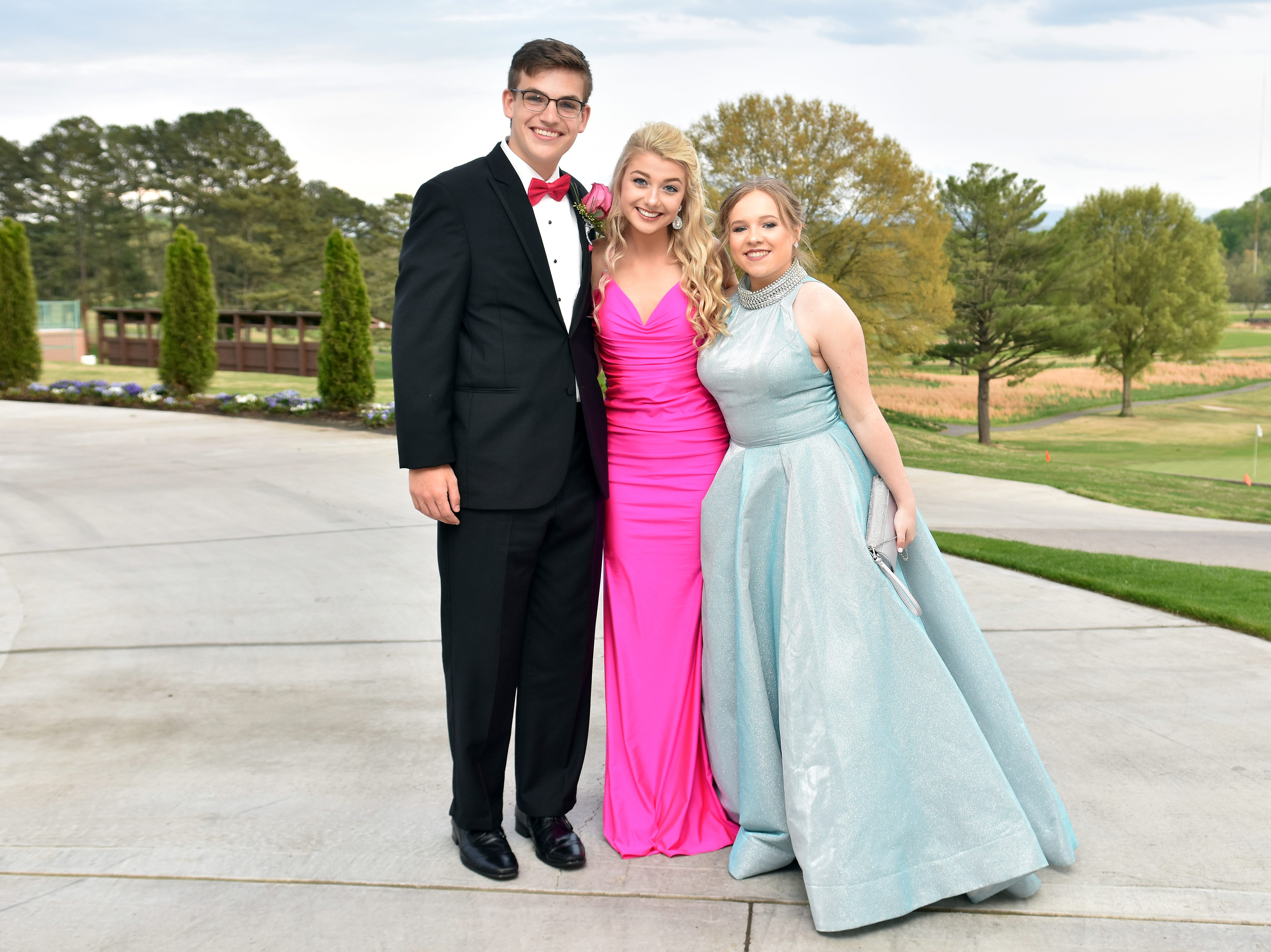 Scenes from the Grace Christian Academy prom at Holston Hills Country Club on Saturday, April 13, 2019.